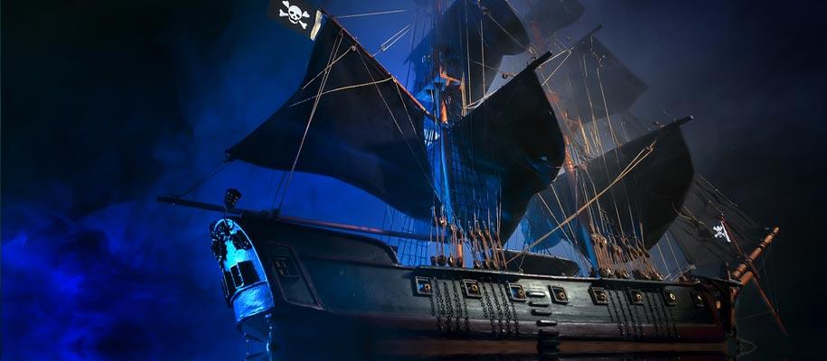 Black Flag Pirate Ship
