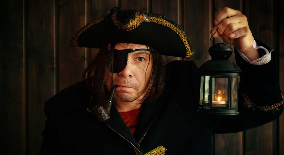 Did pirates wear eye patches to see in the dark ?