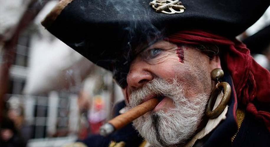 Why pirates eye patches ?